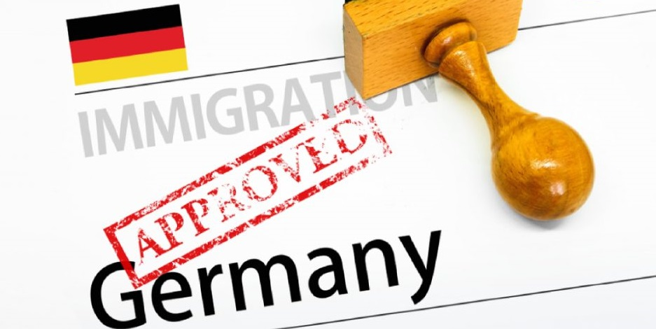 خدمة الهجرة للعاملين والمستثمرين